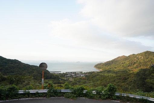 山の神展望台から眺める茂浦地区
