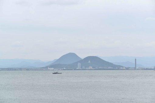 牛島から瀬戸内海を望む